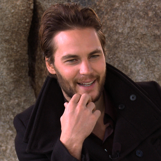 Taylor Kitsch Interview (Video)