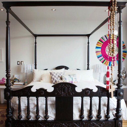 Four Poster Bed Photo