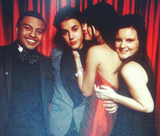 Selena Gomez kissed Justin Bieber at his 18th birthday party in LA.