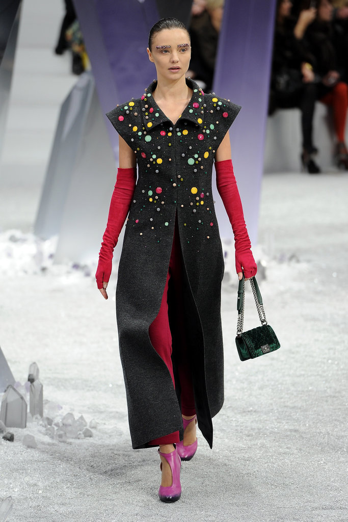 Miranda Hits the Runway at Chanel in Front of Alicia and Katy