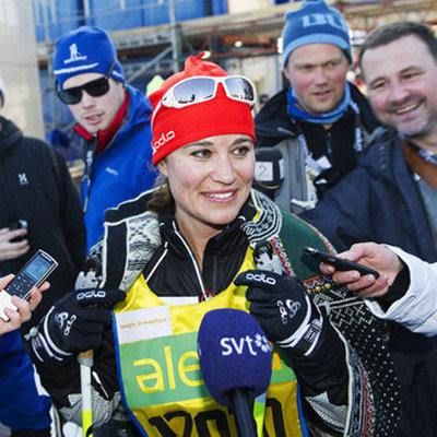 Video and Pictures of Pippa Middleton Skiing Cross-Country in Sweden