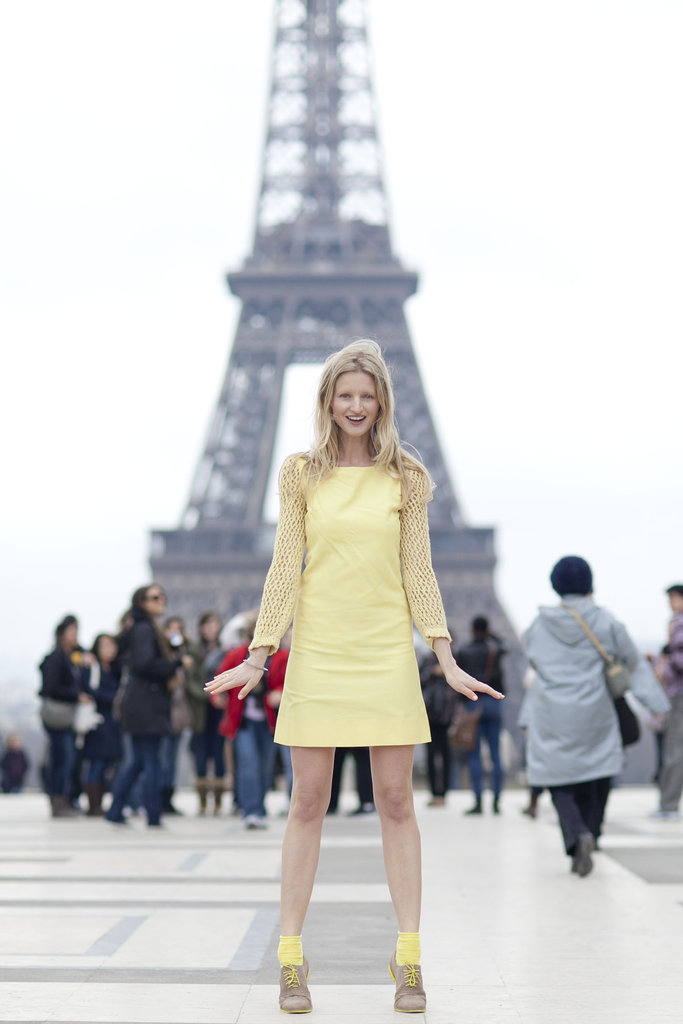 Could you ask for a more perfect backdrop? Eiffel Tower aside, this sunny look put a smile on our faces.