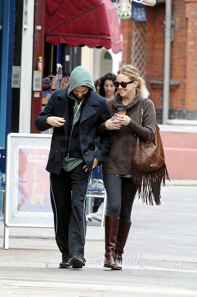 Kate Hudson and Matthew Bellamy joked in London.