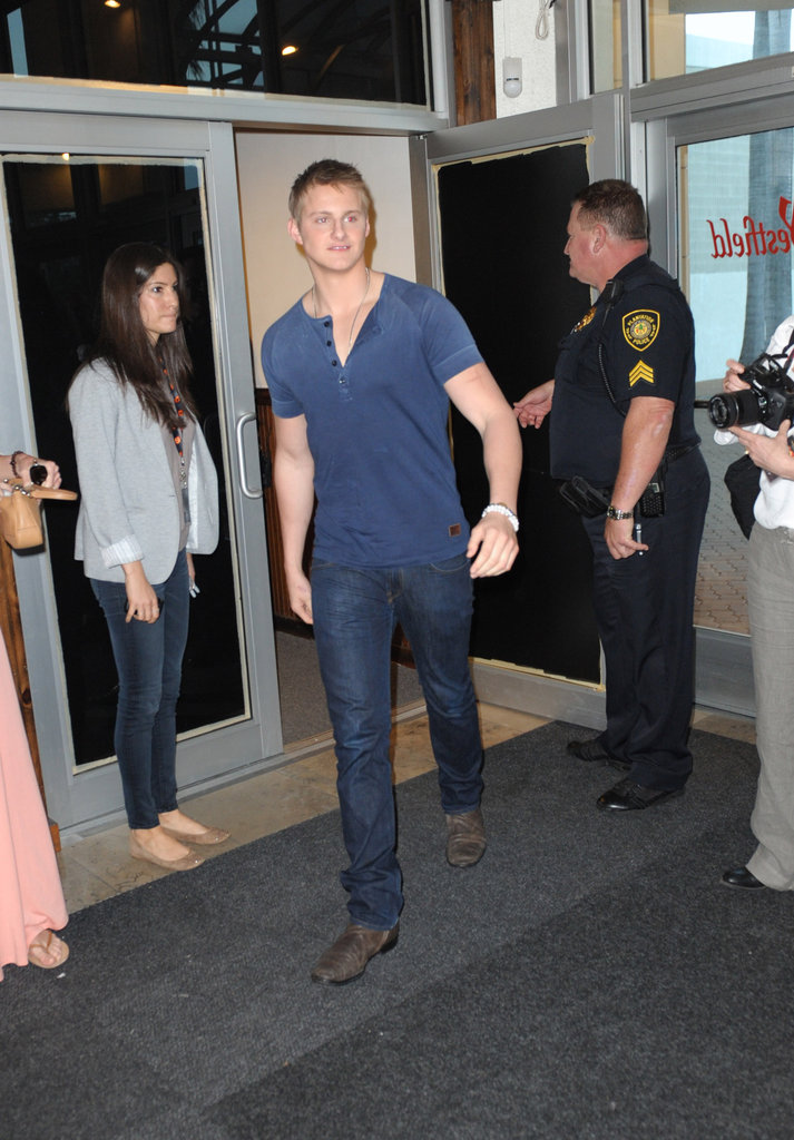 Alexander Ludwig wore blue and denim for the fan event.