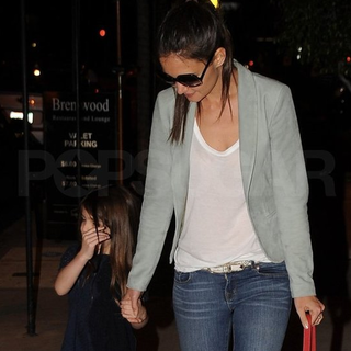 Katie Holmes and Suri Cruise Pictures at Dinner