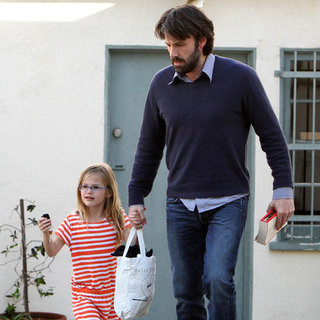 New Dad Ben Affleck Pictures With Violet Affleck