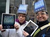 Customers in Japan show their love for the Apple iPad.