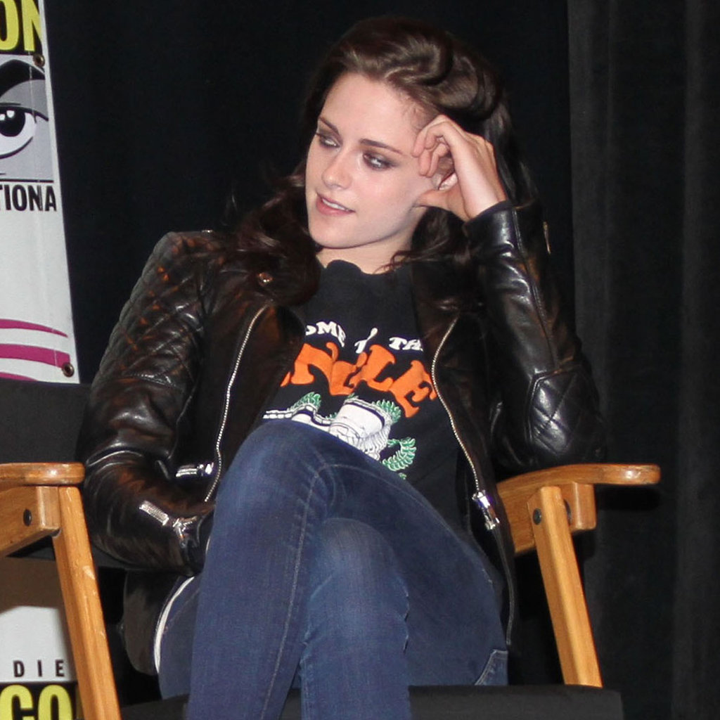 Kristen Stewart wore a leather jacket at WonderCon.