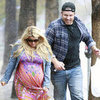 Jessica Simpson Very Pregnant Pictures