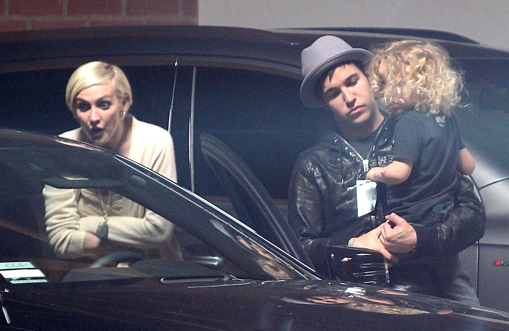 Ashlee Simpson, Pete Wentz, and their son, Bronx, arrive at Jessica's baby shower.