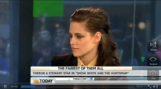 "Kristen Stewart ""Can't Wait"" to See The Hunger Games"