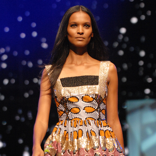 Liya Kebede Wins Model Behavior in BellaSugar Beauty Awards