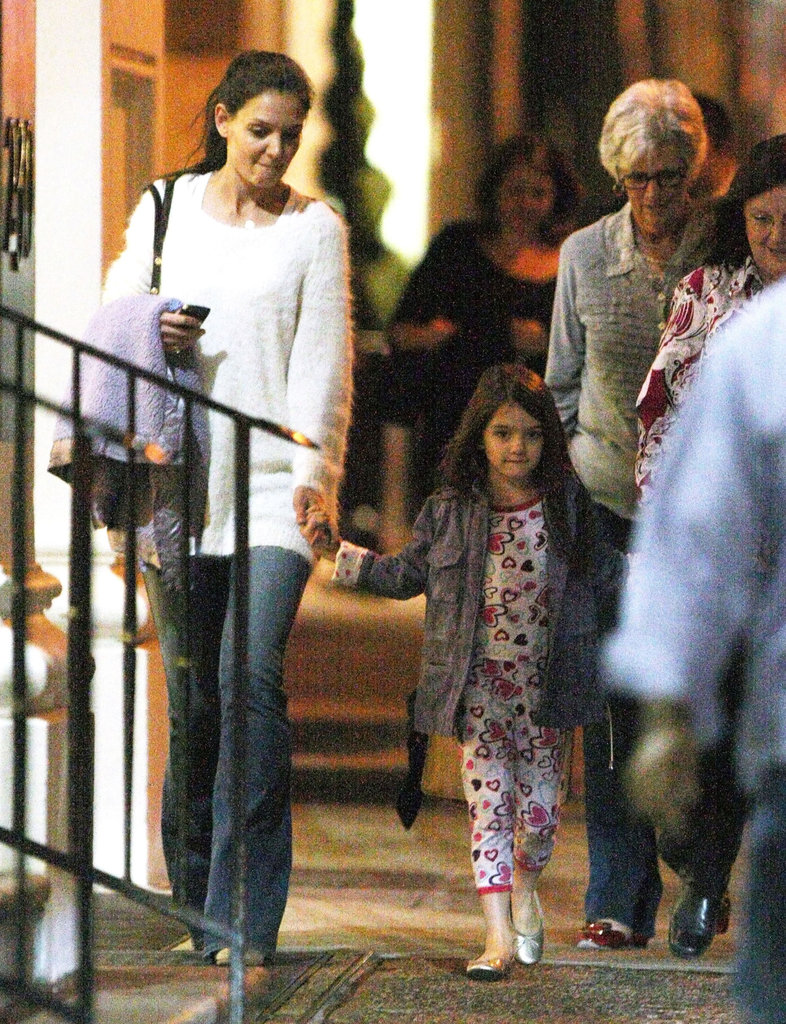 Katie Holmes, Suri Cruise, and Katie's mom Kathleen headed to ABC Kitchen in NYC for dinner.