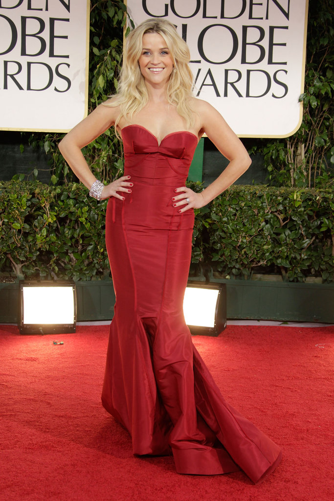 For the 2012 Golden Globes, Reese played the lady in red in a gorgeous crimson-hued fishtail gown by Zac Posen.