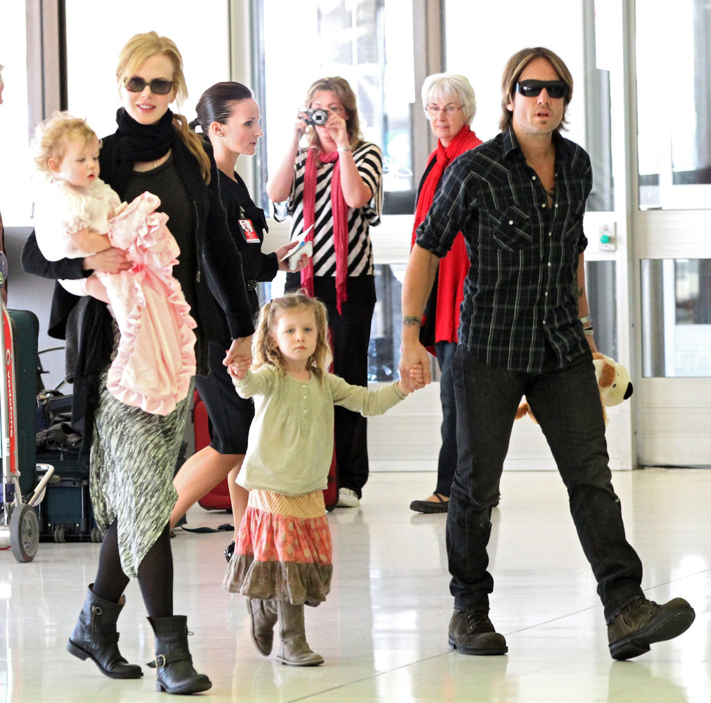Nicole Kidman and Keith Urban left Australia and headed to Las Vegas with daughters Faith and Sunday.