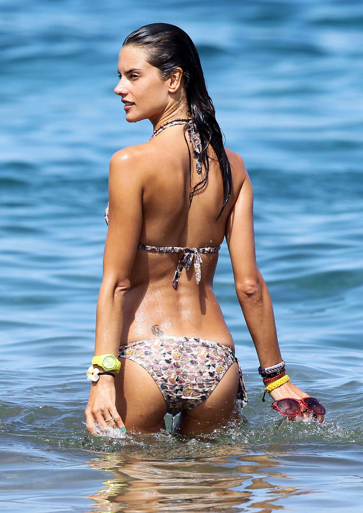 Alessandra Ambrosio took a dip in a spotted bikini while in Maui during August 2011.