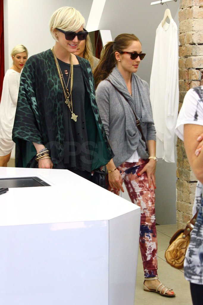 Ashlee Simpson went shopping in Sydney with Minka Kelly.