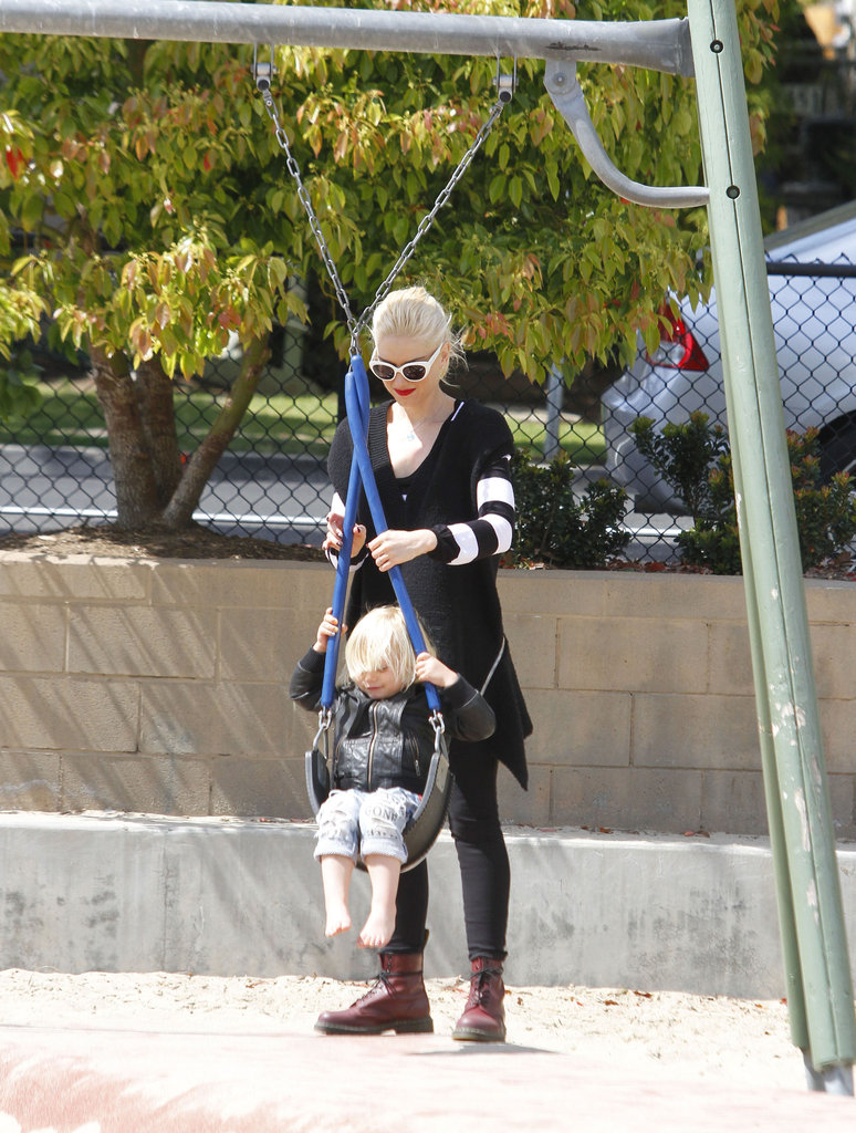 Gwen Stefani gave Zuma a twist on the swing on an LA playground.