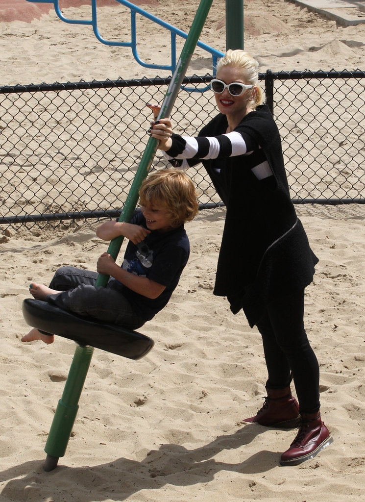 Gwen Stefani pushed son Kingston on the swings at an LA playground.