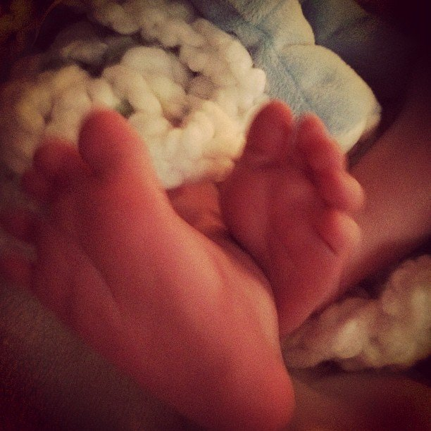 Hilary Duff took a picture of Luca's little feet.