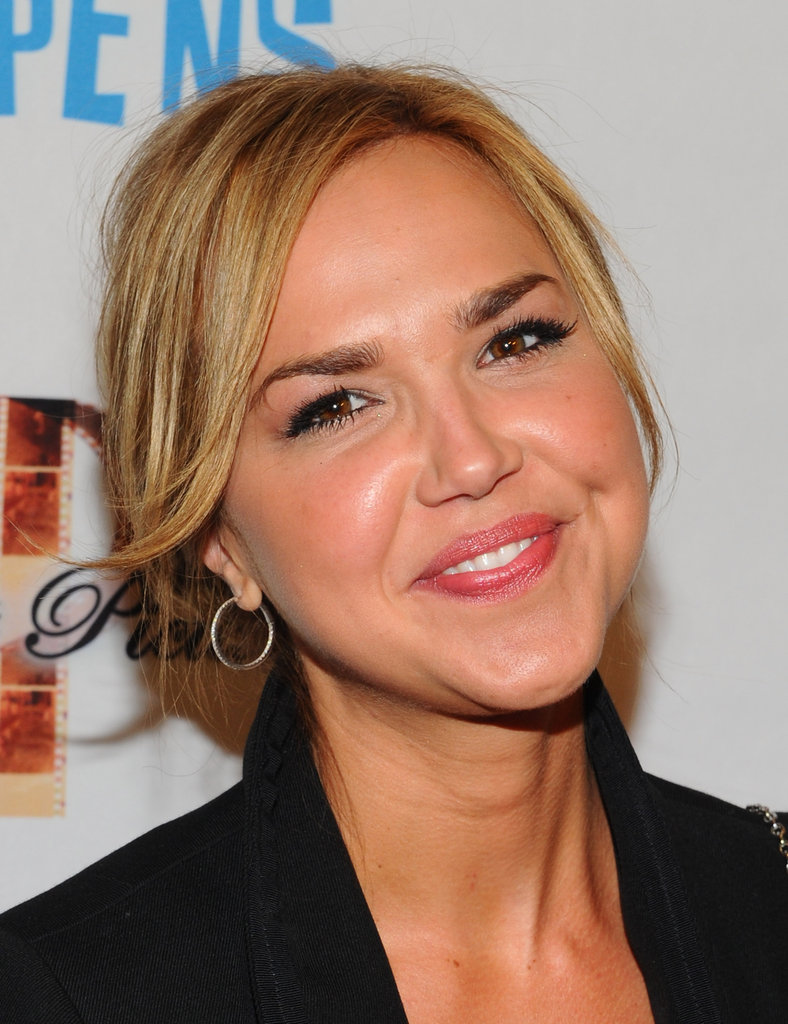 Arielle Kebbel smiled at the premiere of Life Happens.