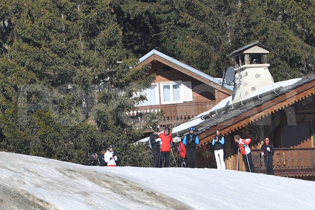 Michael Middleton, Pippa Middleton, Carole Middleton, James Middleton, and Kate Middleton got together for a ski vacation in France.