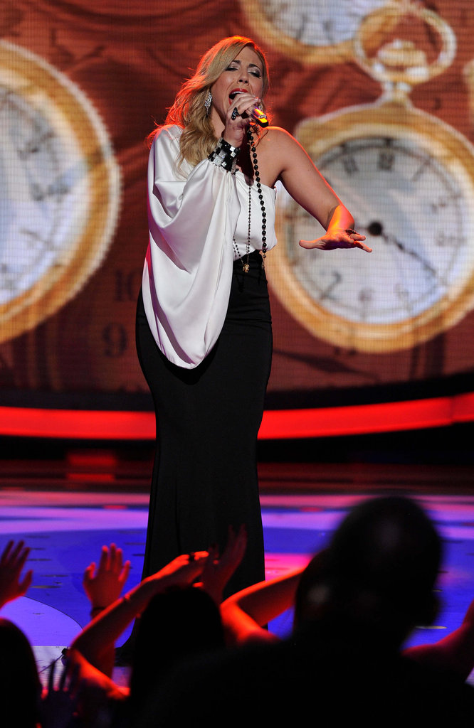 The judges didn't love Elise Testone's song choice.