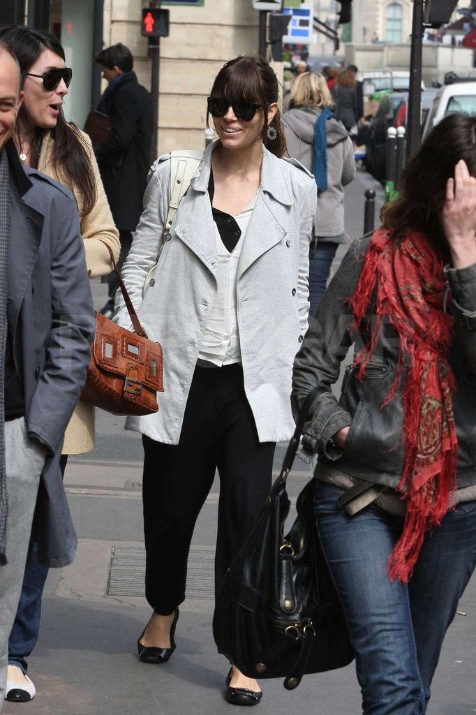 Jessica Biel hit the streets of Paris immediately after arriving at the airport wearing a gray jacket and sunglasses.