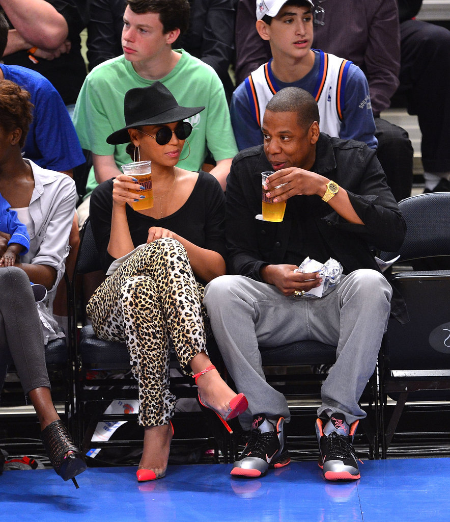Jay-Z and Beyoncé Knowles drank beers.