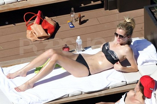 Brooklyn Decker Dons Her Bikini During a Break From Battleship