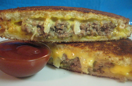 Hamburger Grilled Cheese