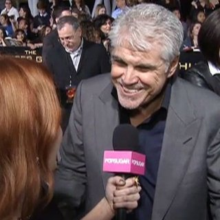 Gary Ross Not Directing Hunger Games Sequel Catching Fire (Video)