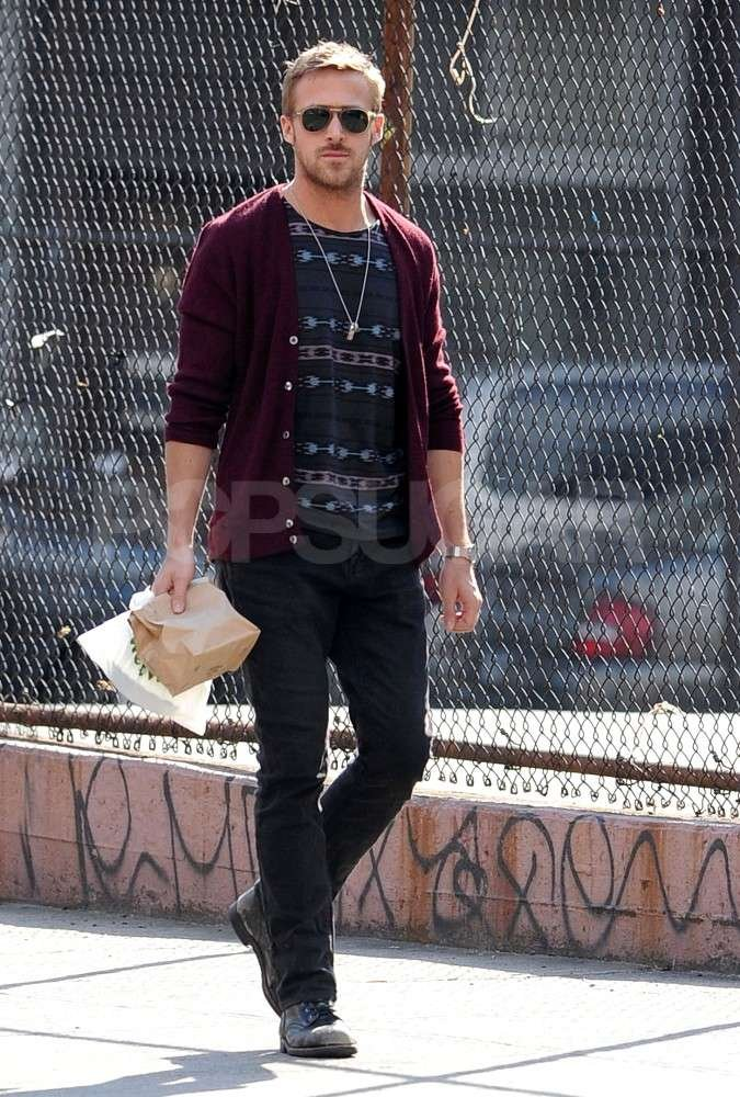 Ryan Gosling took a stroll in NYC.