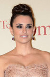 Penelope Cruz Gets Pretty For Her Roman Premiere
