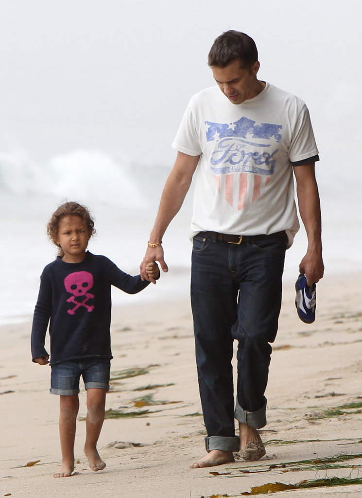 Olivier Martinez wore a tee from Junk Food with Nahla Aubry.