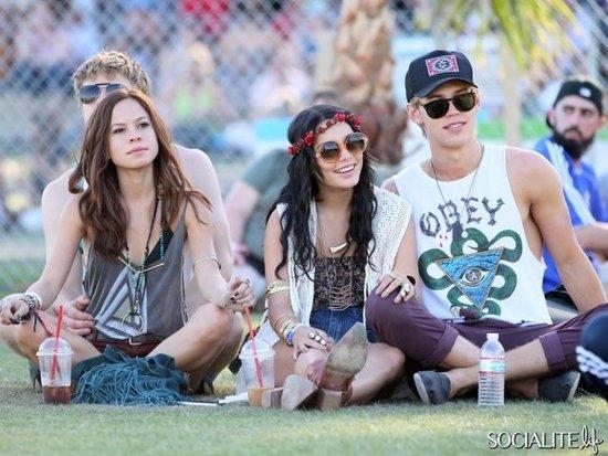 Zoe Kravitz,Kristen Stewart, Nikki Reed, Alicia Silverstone With Her Baby & More Hit Up Coachella!