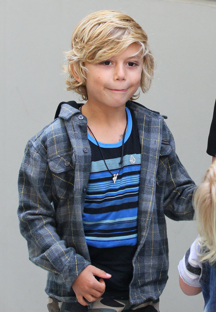 Kingston Rossdale, who was wearing Gwen's Harajuku Mini for Target line, held his mom's hand and posed for pictures.