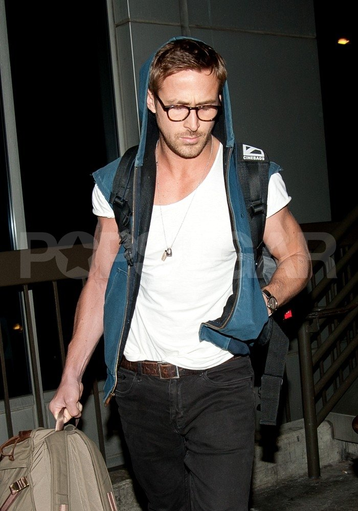 Ryan Gosling looked hot at LAX.