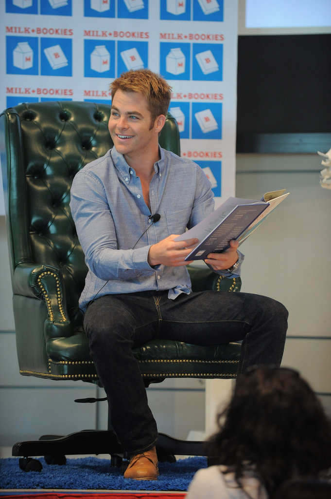Chris Pine seemed to be having just as much fun as the kids at the Milk and Bookies event.