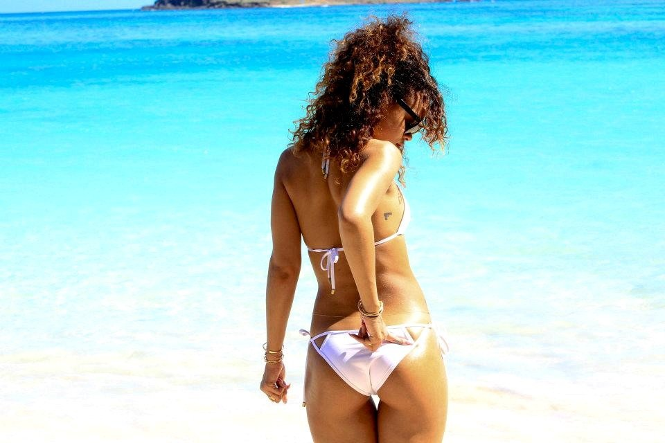Rihanna wore a white bikini to the beach.