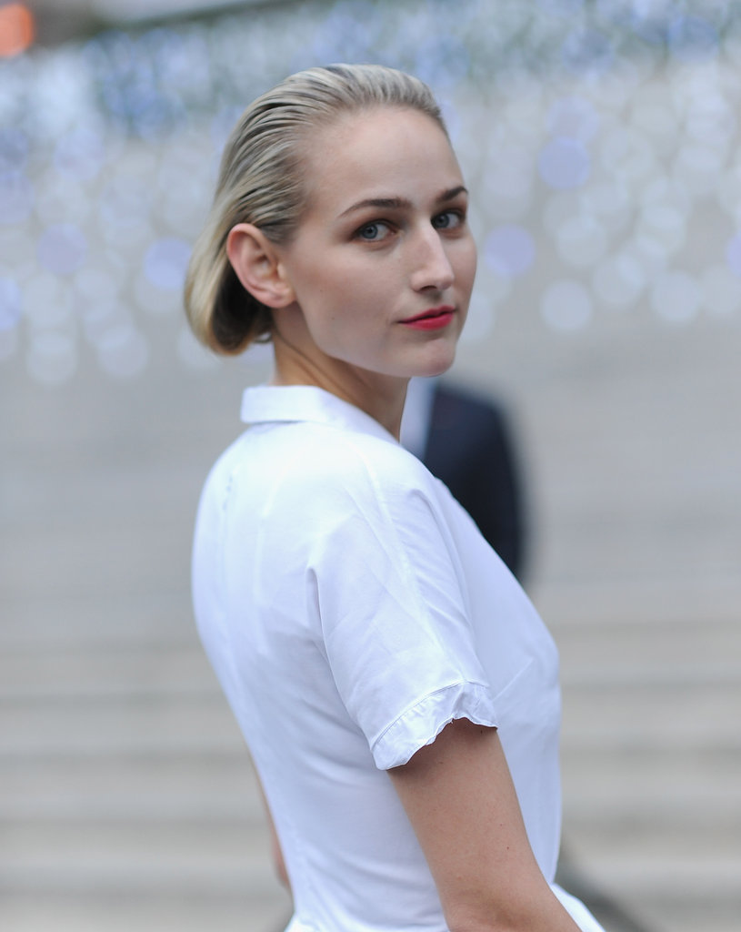 Leelee Sobieski wowed in a white Jil Sander frock on her way into the Vanity Fair Party at the 2012 Tribeca Film Festival.