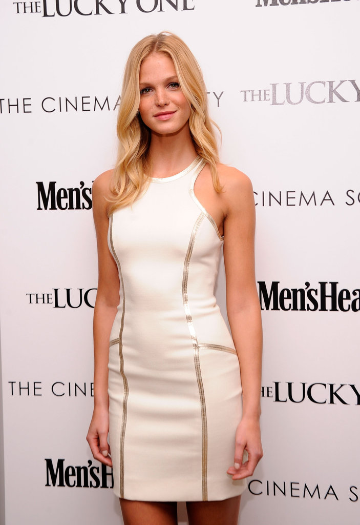 Erin Heatherton posed at the Cinema Society and Men's Health screening of The Lucky One in NYC.