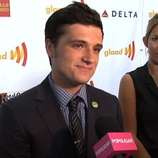 Josh Hutcherson On Francis Lawrence Directing Catching Fire (Video)