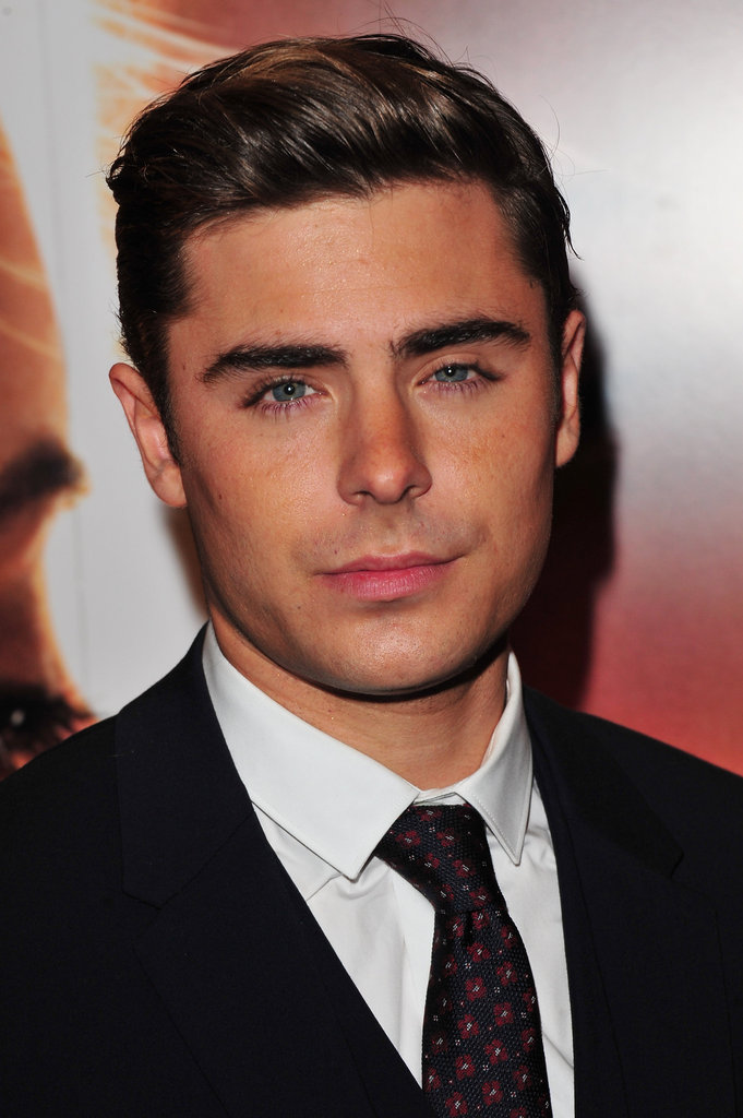 Zac Efron posed at the premiere of The Lucky One in London.
