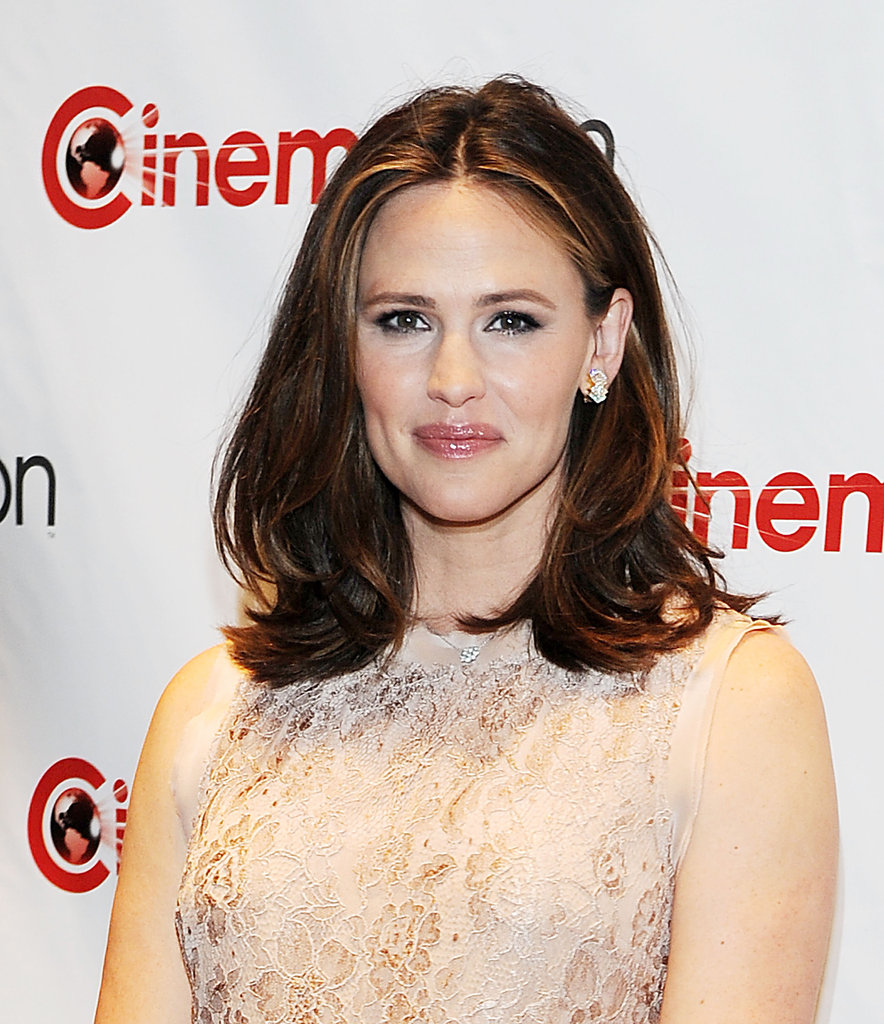 Jennifer Garner smiled for the press at CinemaCon in Las Vegas.