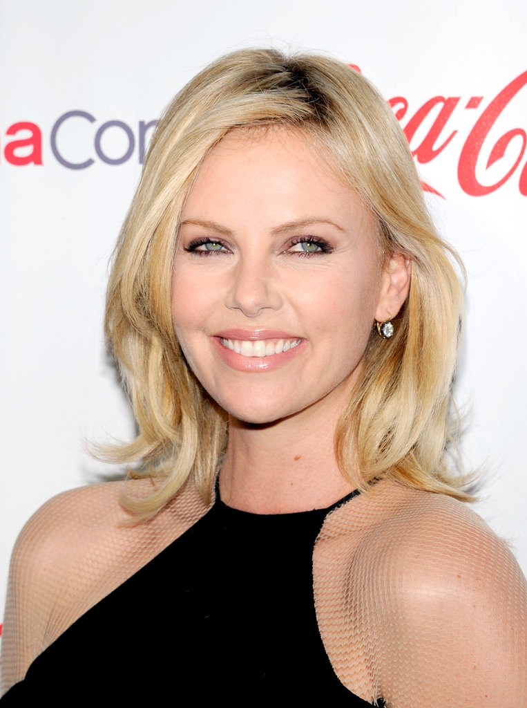 Charlize Theron smiled on the red carpet at the CinemaCon awards ceremony in Las Vegas.
