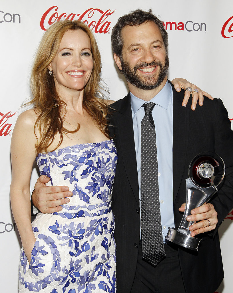 Cute couple Leslie Mann and Judd Apatow attended the CinemaCon awards ceremony in Las Vegas.
