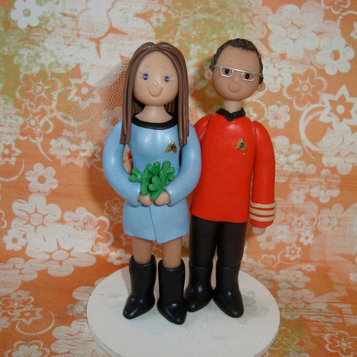 Sneaking a bit of geek into your big day? Geek's got totally Trekkie wedding toppers that you'll love.