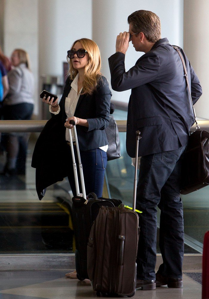Lauren Conrad looked for her departing gate.