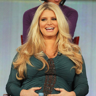 Jessica Simpson Gives Birth to Baby Girl (Video)